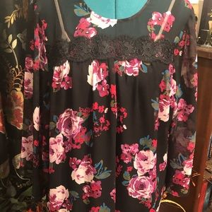 NWT Beautiful Black Lace Trimmed Floral Blouse